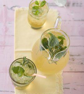Kräuterlimonade - Erfrischungsgetränke für den Sommer - [LIVING AT HOME]