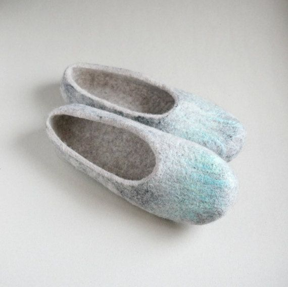Felted wool slippers Grey slippers for Men women by VaivaIndre