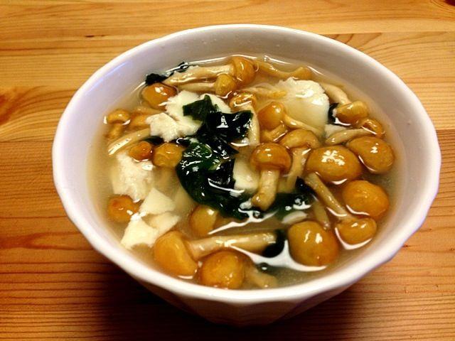 サラダ油は使いません!レシピはプロフィールのDE-OILブログをどうぞ - 3件のもぐもぐ - なめこ・豆腐・ワカメのお吸い物 by deoil518