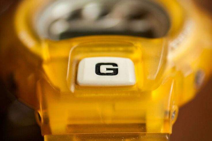 yellow G