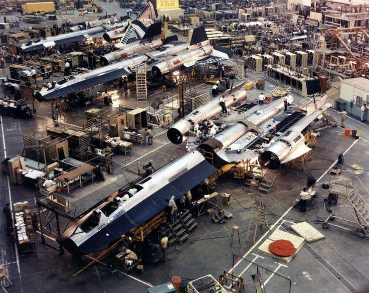 Built and designed in the 1960s after the A-12 Oxcart, the SR-71 Blackbird is still the fastest, most vanguardist air-breathing airplane in the history of aviation. These once classified photos reveal how Lockheed built both birds in secret, in California. They look taken at the Rebel base in Hoth.