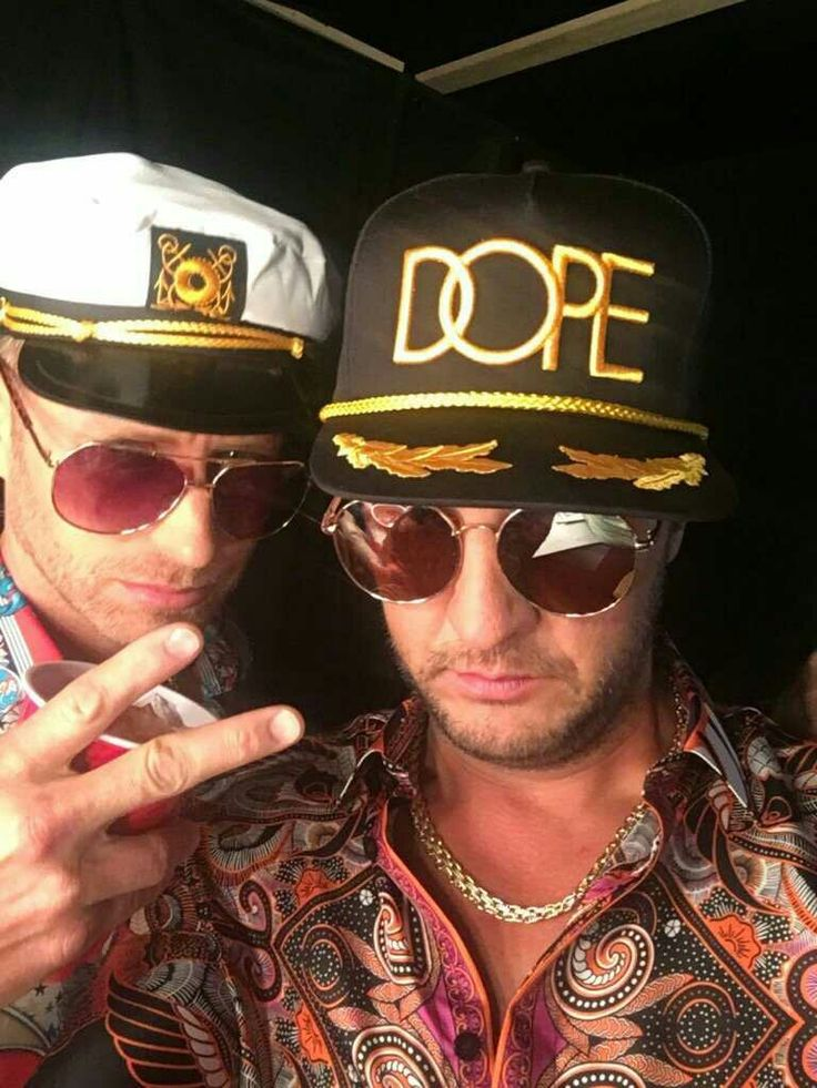 so cute!!!! Nice outfits boys!!!!    The official Luke Bryan app