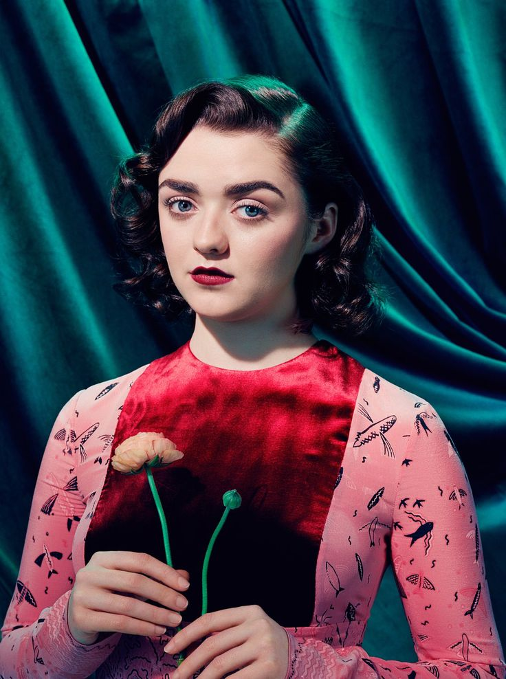 MAISIE WILLIAMS | ARYA STARK