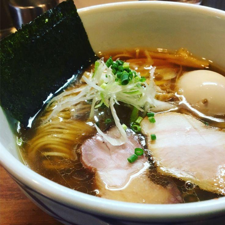 moririyyy's dish photo 学芸大学に来たらびぎ屋が定番 上品な魚介スープが素晴らしい | http://snapdish.co #SnapDish #ラーメン