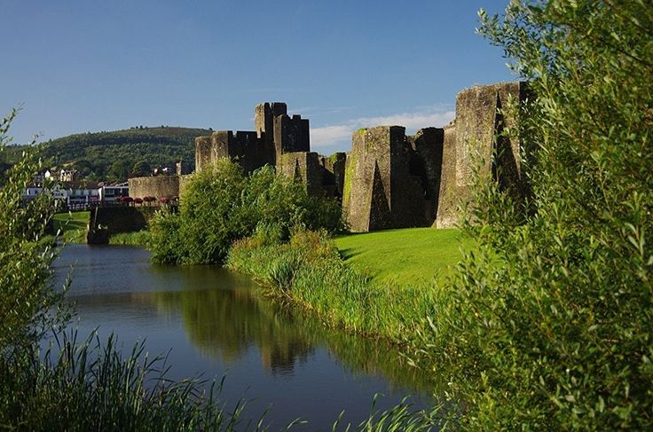 caerphilly castle by Steve Bissex on 500px
