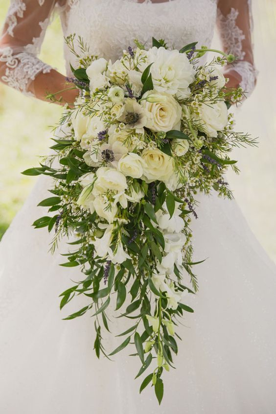Classic Wedding with Polish & English Traditions via Beata Events / http://www.deerpearlflowers.com/cascading-wedding-bouquets/