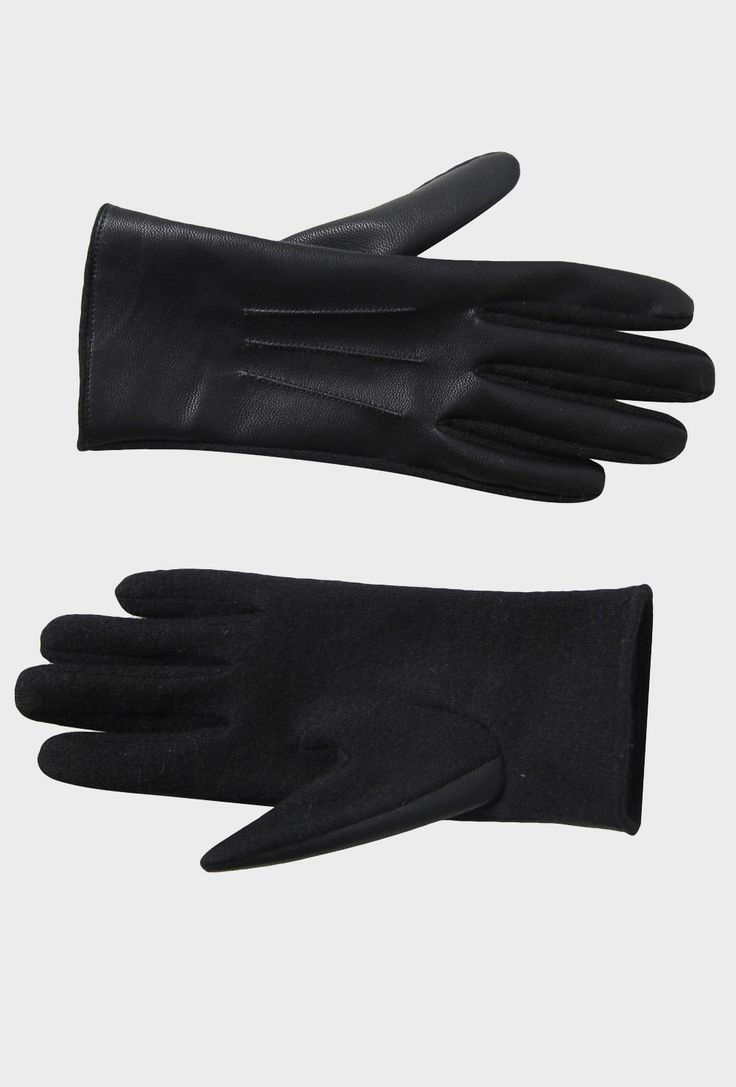 Contrast Knit Gloves from @Max Strandlund  @Kay Beaver New Zealand #vintageknitaccessories #winter