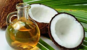 Olio di cocco come rimedio naturale per capelli