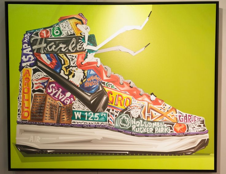 In Uptowns is Graph's tribute to Harlem with an Air Force One, affectionally known as Uptowns in the sneaker community. He tried to add anything that reminded him of Harlem and implement the inspiration in the sneaker itself.