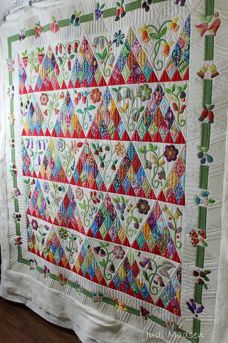1 | Sweet Surrender by Sue Cody, pieced by Beth and quilted … | Flickr