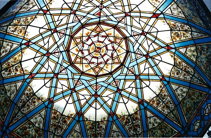Stained glass cupola by France Vitrail International after the skylight installation in a private residence of Jeddah