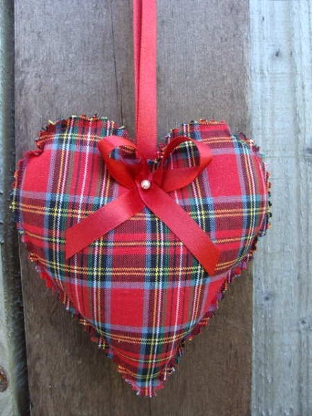 Tartan heart - cute decoration for Burns Night!