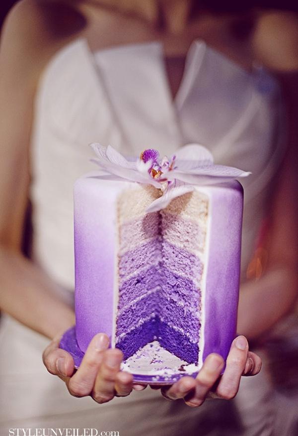 SUPERGORGEOUS purple ombre wedding cake- WANT! wedding-stuffs