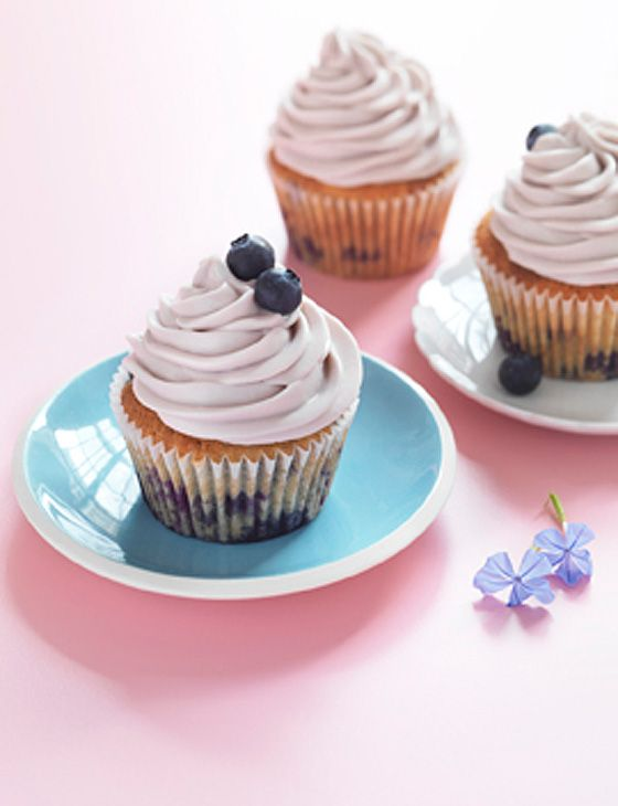 Blueberry cheesecake cupcakes - perfect weekend baking