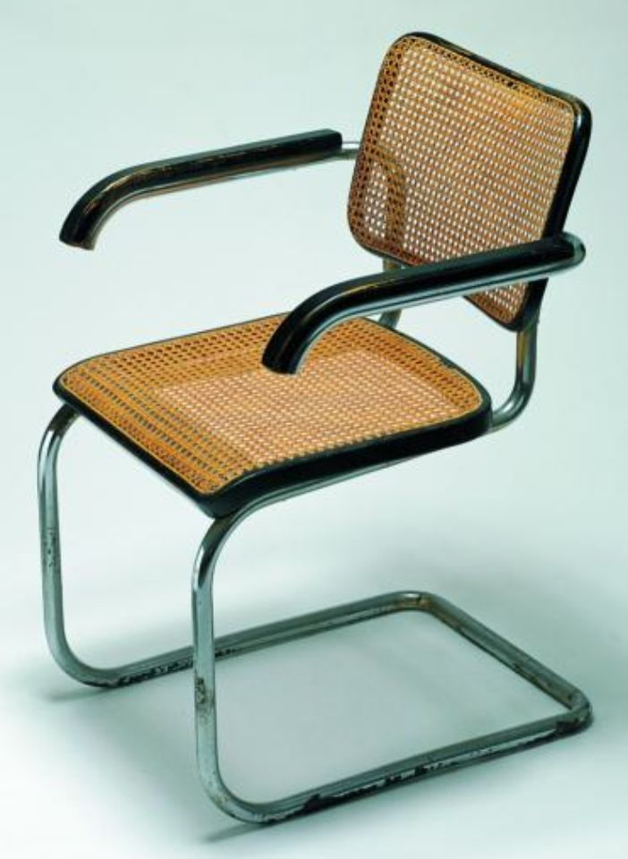 Following the design of the Wassily Chair was the Cesca Chair. Breuer used the same tubular steel for this design, but this time in a single piece. This is one of the first cantilever chairs in history, as the seat and back of the chair are supported solely by its front legs. The chair was later named after his daughter Francesca.