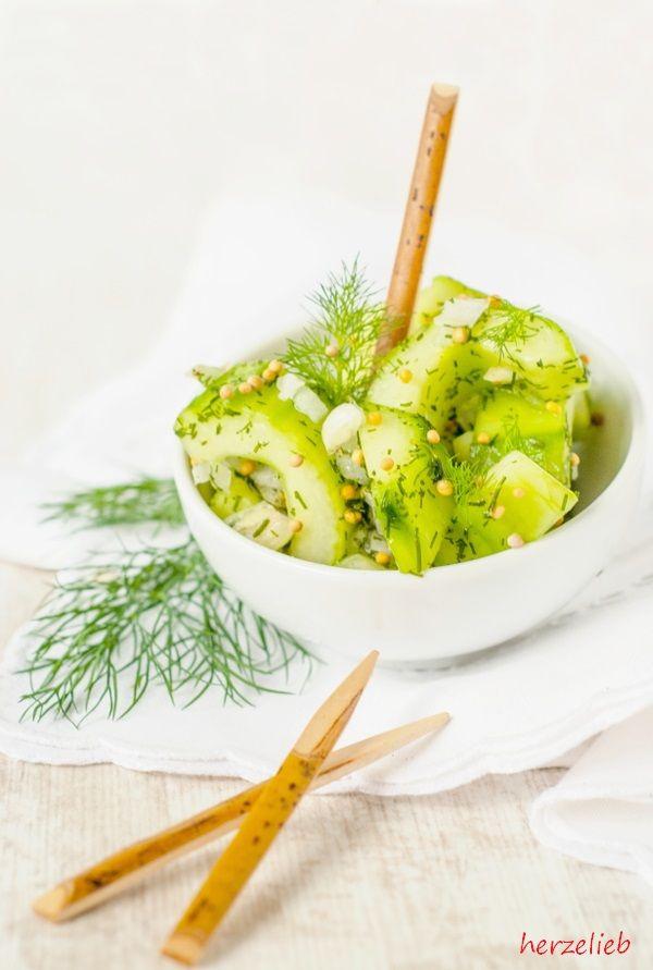 34 besten salate bilder auf pinterest lecker essen salate und beliebtesten rezepte. Black Bedroom Furniture Sets. Home Design Ideas