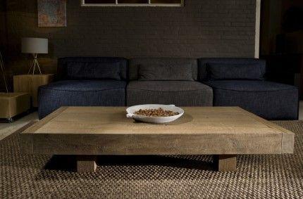Eiken salontafel Hea - Alle Pilat - Woonwinkel & Meubelmakerij FrieslandGetoonde model is 70 x 150 x H27 cm: €995,- Salontafel Hea is een ontwerp van Alle Pilat en wordt in elke gewenste maat gemaakt in eigen meubelmakerij. http://www.alle-pilat.nl/salontafels/eiken-salontafel-hea/
