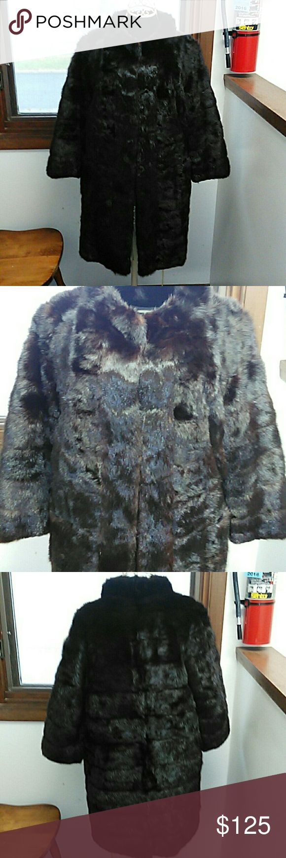 "Russian sable female mink fur skin coat s Ladies beautiful like new beautifully lined Russian sable horizontal pure female mink skins fur so soft parked pelts newer coat 16"" shoulders 19"" chest across 19"" sleeves petite m small I would guess furrier made lovely classy sassy fur for the holidays or gift giving.. My price is smashing compared to others of this magnitude. Guaranteed to be excited with your purchase...I print and ship same day so you get it fast I'd appreciate the same courtesy…"