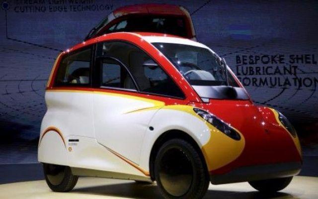 Ecco la Shell Concept Car che, con 2.46 litri, fa addirittura 100 km! E' proprio vero. Ultimamente c'è la moda a creare auto ecologiche che sfruttano le tecnologie più disparate e fantasiose: in genere si lavora sui carburanti e si sceglie aria, idrogeno, biocombustibi #shell #auto #ecologia