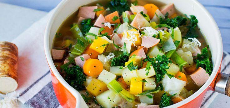Grønnsakssuppe med rotgrønnsaker | Oppskrift på Lises blogg, vegetariske pølser