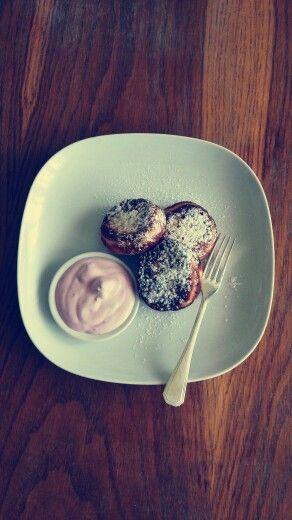 Homemade donuts - ceske vdolky :)