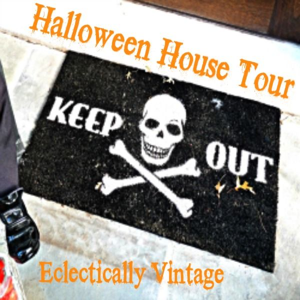 3 Halloween House Tours   via Eclectically Vintage, Jennifer Rizzo & Craftberry Bush