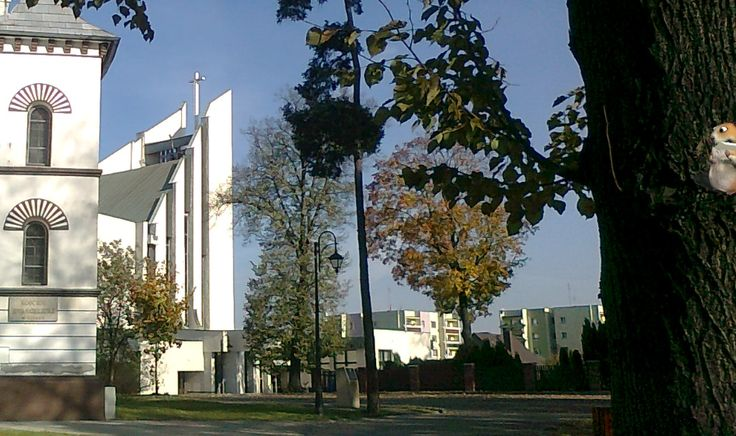 Dwa kościoły...katolicki i ewangelicki....