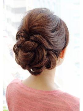 おしゃれで華やか大人アップスタイル♪着物でも◎/六本木 ヘアセット&着物レンタル着付け <GEKKABIJIN/月下美人>をご紹介。2014年秋冬の最新ヘアスタイルを20万点以上掲載!ミディアム、ショート、ボブなど豊富な条件でヘアスタイル・髪型・アレンジをチェック。