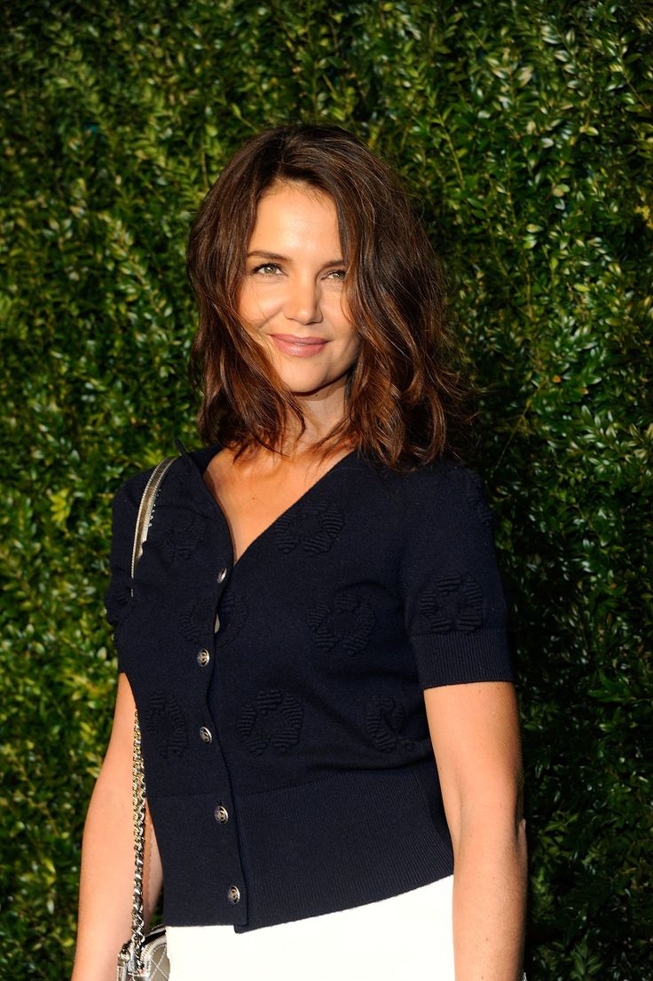 Katie Holmes just debuted a brand-new haircut you've got to see.
