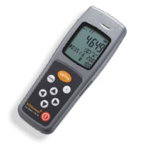 http://www.egenkontroll.nu/Testa-hygien/ATP-matare-Lumitester-PD-20.html  ATP-mätare: Lumitester PD-20  PD-20 är inte större än en mobiltelefon men har ändå mycket större lagringskapacitet än sin föregångare.    Med denna mobila enhet kan upp till 2000 mätningar för hygienkontrollprogram göras, lagras och överföras till PC-system. Med ett tabellberäkningsprogram (t.ex. Microsoft Excel) kan data processas vidare för att producera skräddarsydda rapporter till användaren...