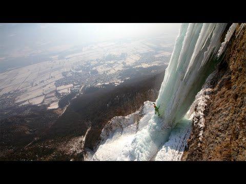 EXTREME ICE CLIMBING – CASCADE DE L'OULE, FRANCE