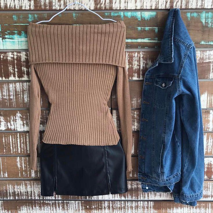 """653 curtidas, 14 comentários - ᏴᎾᏌᎢIQᏌᎬ ᏞᎬ FᎬᎷᎷᎬ (@boutiquelefemme) no Instagram: """"Ombro a ombro + saia de couro + jaquetinha jeans=❤❤❤ combinho que a gente ama e respeita!"""""""