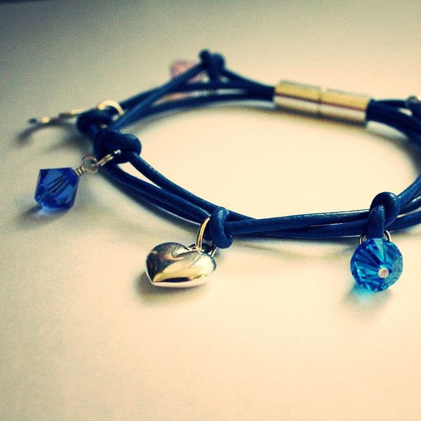 Express the love for your family with this unique handmade & personalised bracelet! x