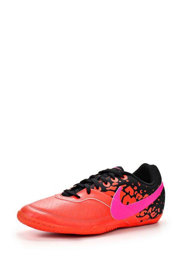Бутсы зальные Nike / Найк Цвет: красный. Материал: искусственная кожа, текстиль. Сезон: Весна-лето 2014. С бесплатной доставкой и примеркой на Lamoda. http://j.mp/WNiPtt
