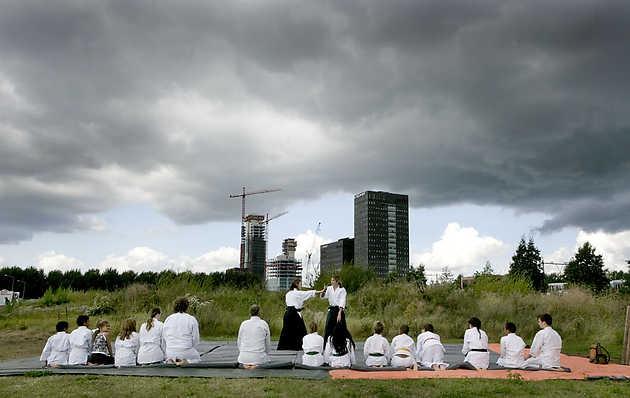 Taikwando op de ZEN PLAYGROUND © Gert Jan van Rooij, Museum De Paviljoens