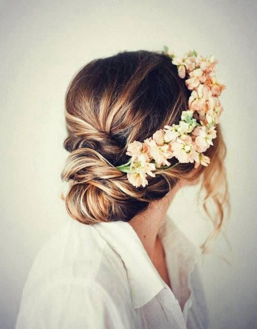 Boho hair... so pretty.. gorgeous for wedding!! peach flowers with stunning white gown