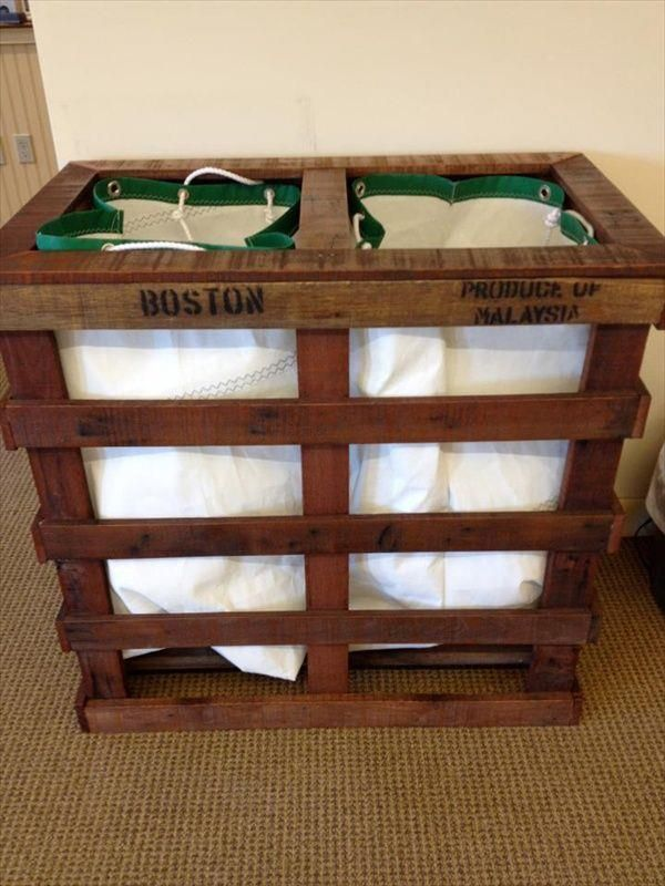Handmade #Pallet Laundry Hamper - 10 DIY Pallet Furniture Ideas | DIY Recycled
