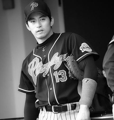 Joo Jin Mo ...@Rachel Han you've gotta like him