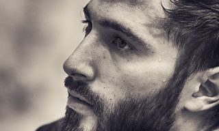 This bearded beauty is Giorgio Avola. | 34 Photos Of Olympic Fencers Who Are So Hot It's Problematic