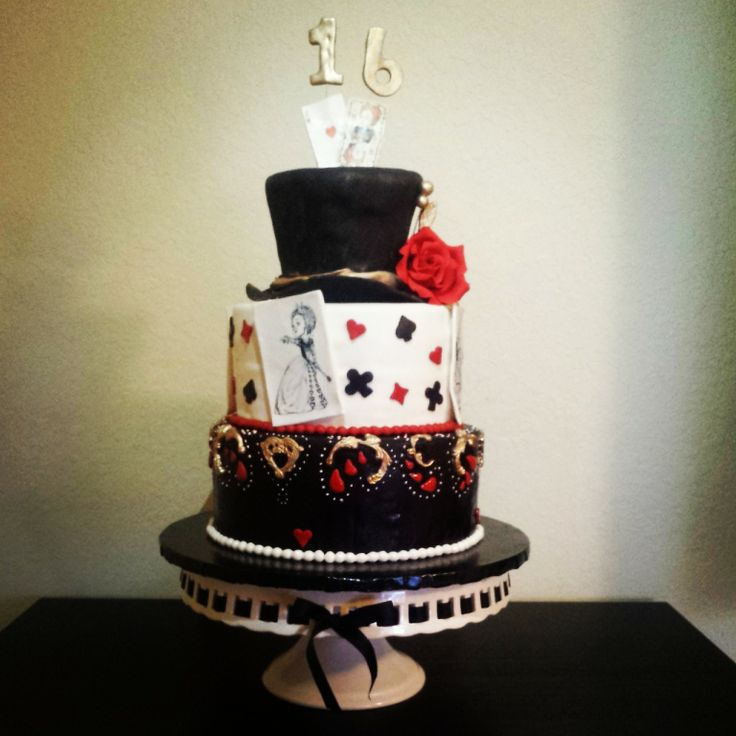 Queen Of Hearts Cake Alice In Wonderland Cakes By
