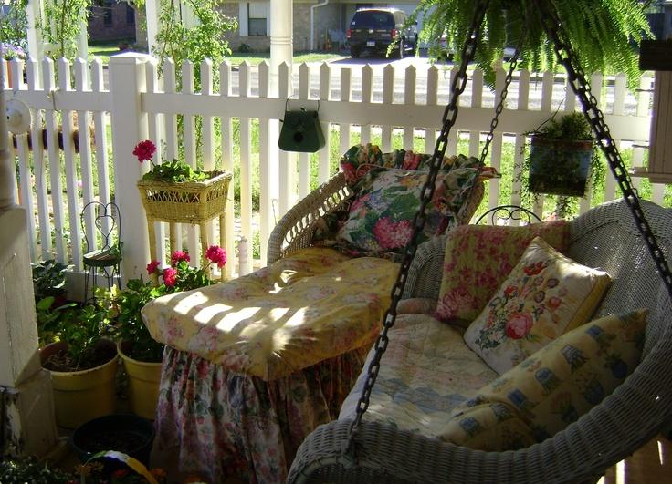 pretty - Pretty Porches And Patios