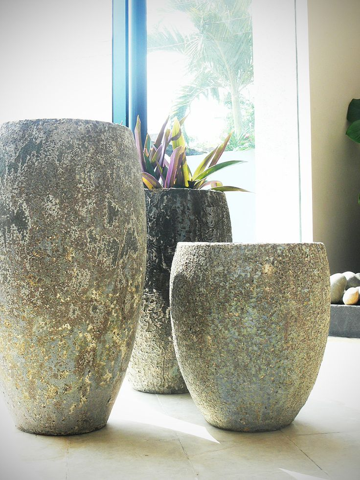 Atlantis pot jars in a variety of sizes.