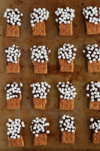 S'mores Mini Dippers: Holidays Parties, Idea, Minis Dipper, S More Minis, Hot Chocolates, Graham Crackers, Smore Minis, Minis S More, Kid