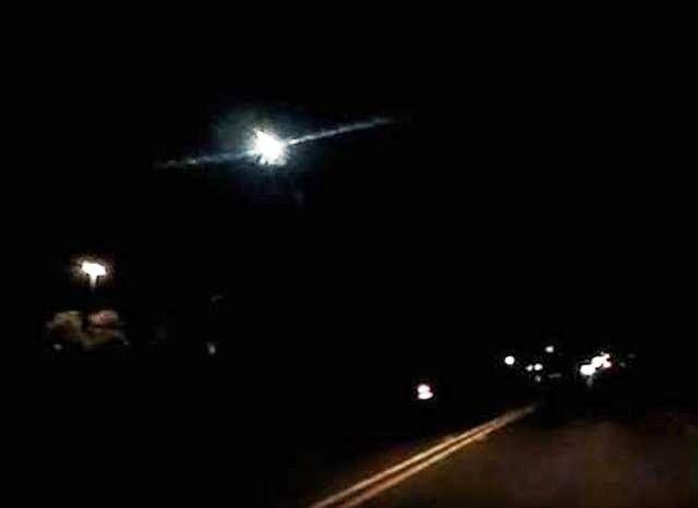 UFO Sightings Hotspot: Bright green shooting star / meteor, San Antonio -...