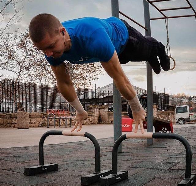 Planche Yordan Streetworkout Planche Street Workout Calisthenics How To Do Yoga