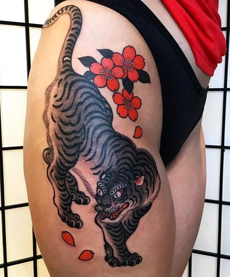 Japanese legs tattoo by @hide_ichibay. #japaneseink #japanesetattoo #irezumi #tebori #colortattoo #colorfultattoo #cooltattoo #largetattoo #legtattoo #girltattoo #tattooedgirl #cattattoo #tigertattoo #flowertattoo #cherryblossomtattoo #traditionaltattoo #tradtattoo #blackwork #blackink #blacktattoo #wavetattoo #naturetattoo