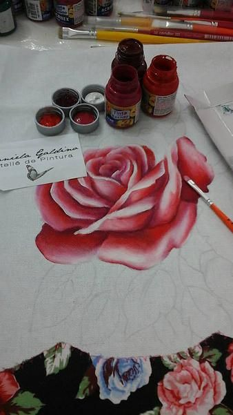 Atelie Daniela Galdino   Rosas Pintura em Tecido / Roses Painting on Fabric:
