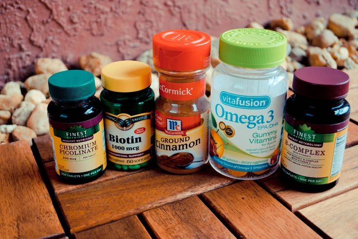 Using Vitamins to Relieve Symptoms of PCOS Naturally: The Benefits of Cinnamon, Biotin, Chromium and Omega-3