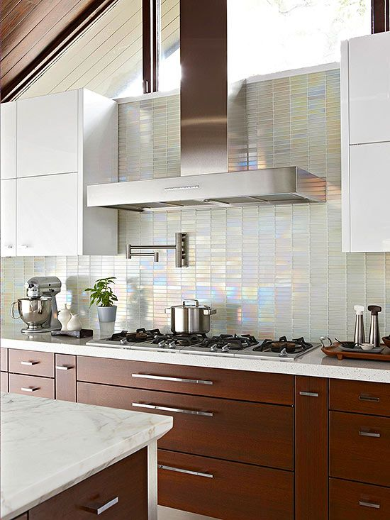 Cheap Backsplash Ideas  COCINAS KITCHENS  Glass tile backsplash Backsplash y Iridescent tile
