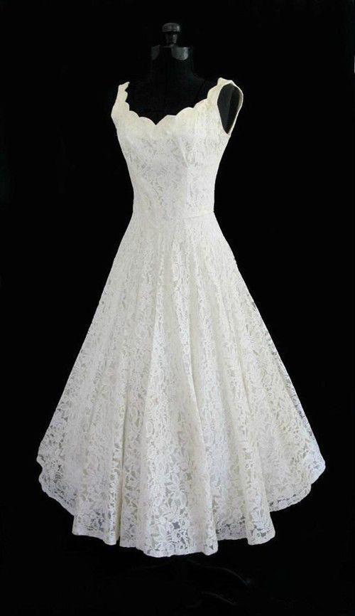 sexy v-neck short sleeveless backless lace wedding dress
